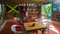 indoor-dinerbreakfastrelax-area