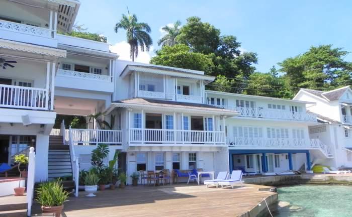 San Cove Villa logo