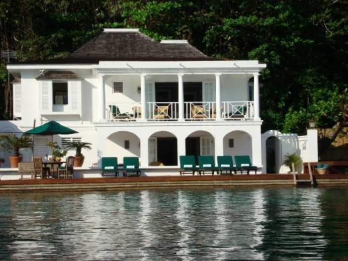 Nautilus Villa