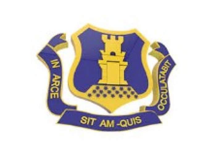 Munro College logo