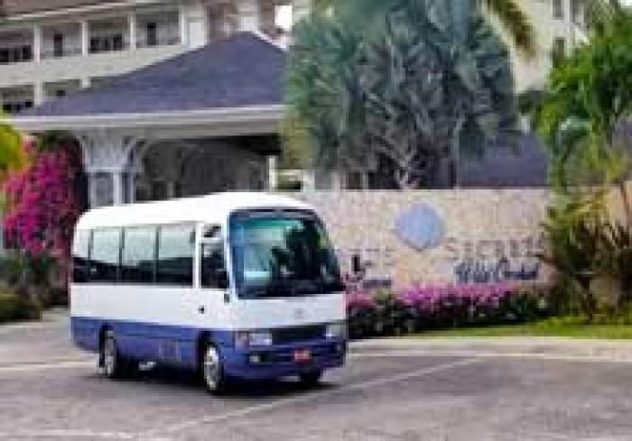 Uton Tours logo